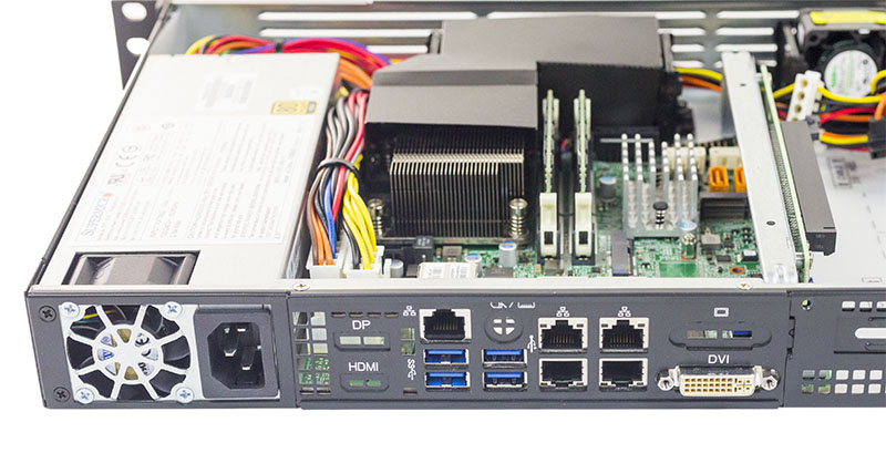 Supermicro SYS 5019S TN4 Rear IO