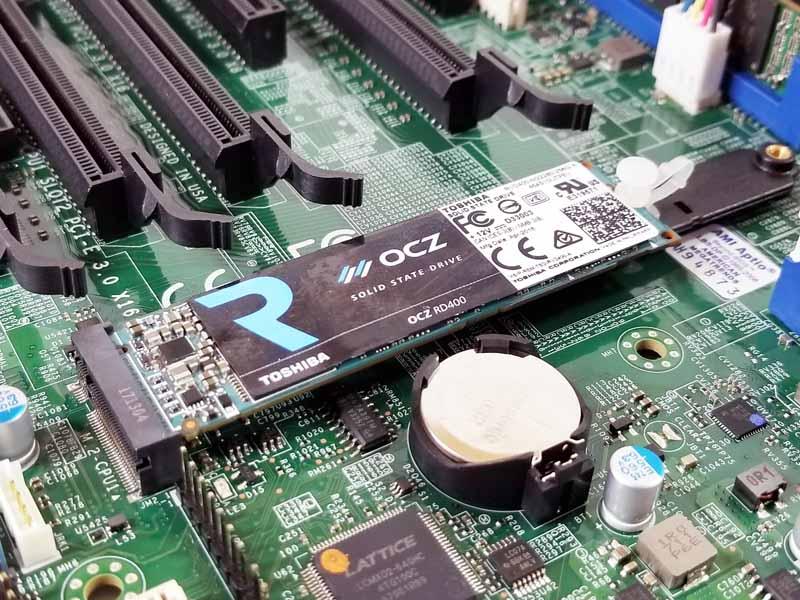 Supermicro X11DAi N M2 Slot