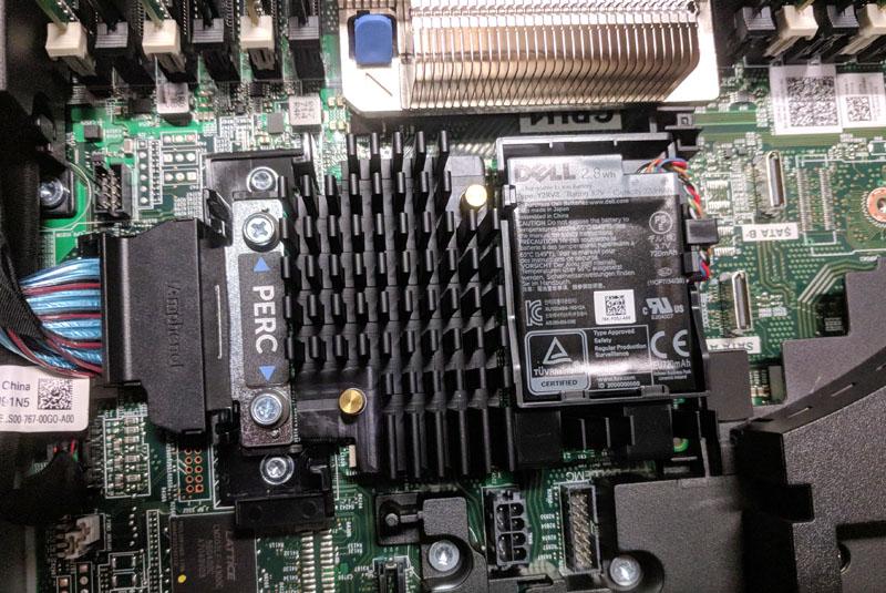 Dell EMC PERC 740p