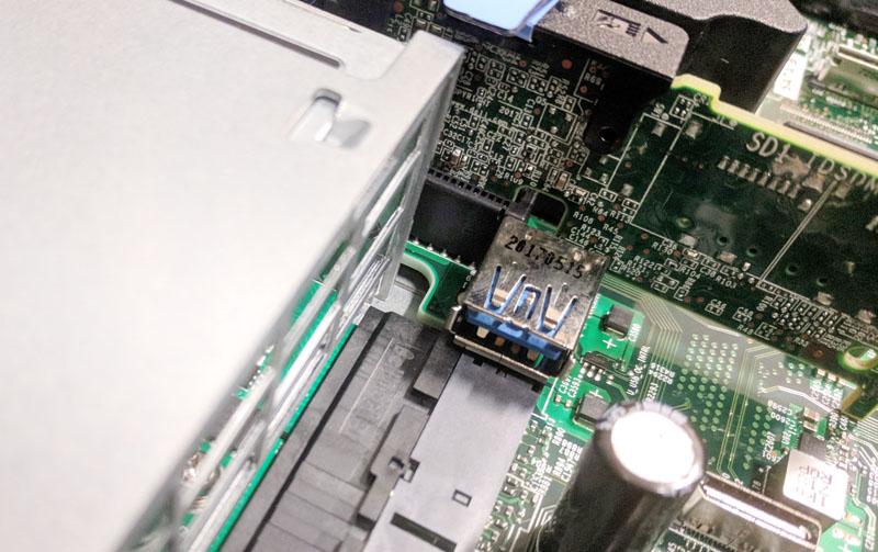 Dell EMC PowerEdge R640 USB 3 Type A Internal