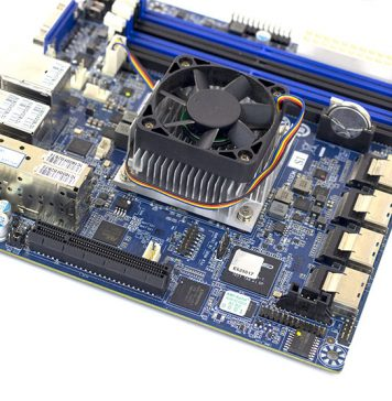Gigabyte MB10 DS4 SFF 8087 PCIe And EMMC Package