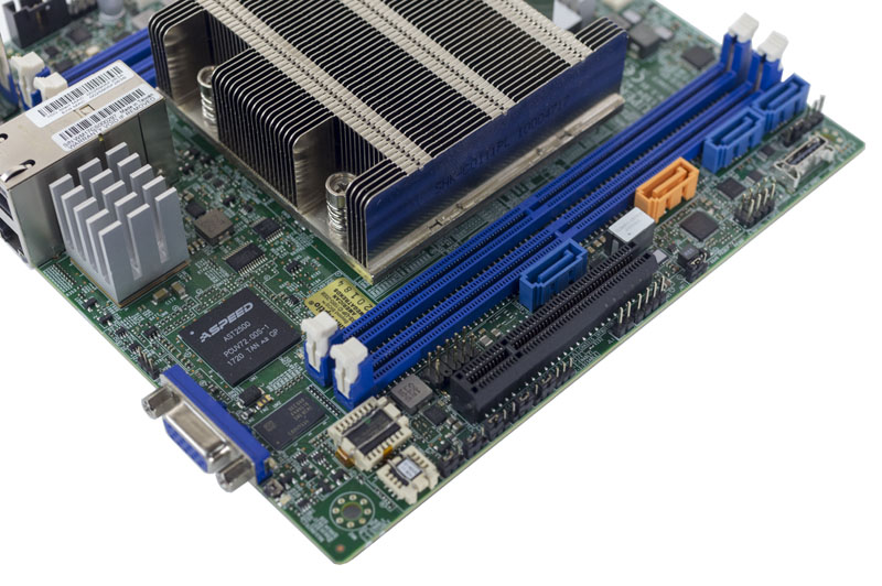 Supermicro X11SDV 4C TLN2F PCIe And BMC