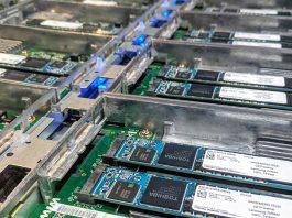 Toshiba XD5 In OCP Lightning JBOF