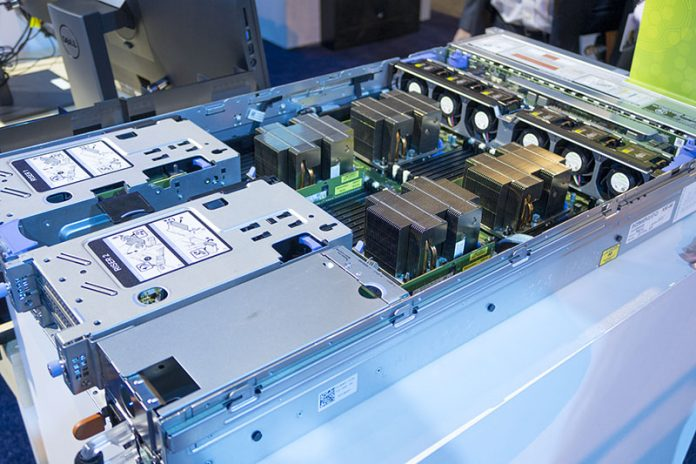 Dell EMC PowerEdge R840 Internals