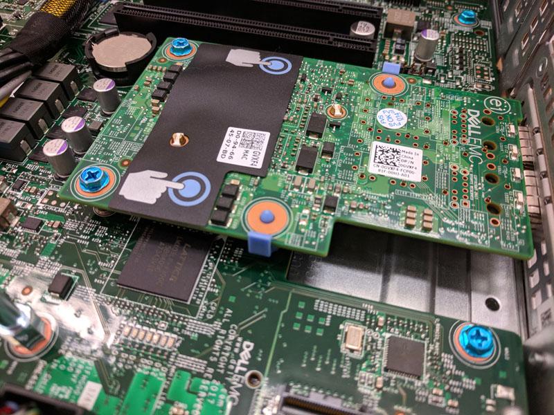 Dell EMC PowerEdge R7415 0GVXF4 Dual 10GbE