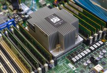 HPE DL385 Gen10 CPU Heatsink With 8x DDR4 DIMMs