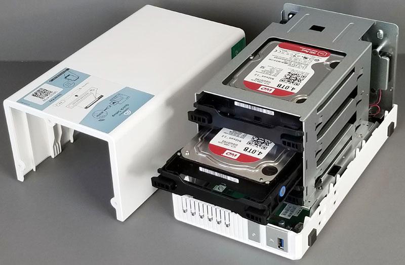 QNAP TS 328 Installing Drives