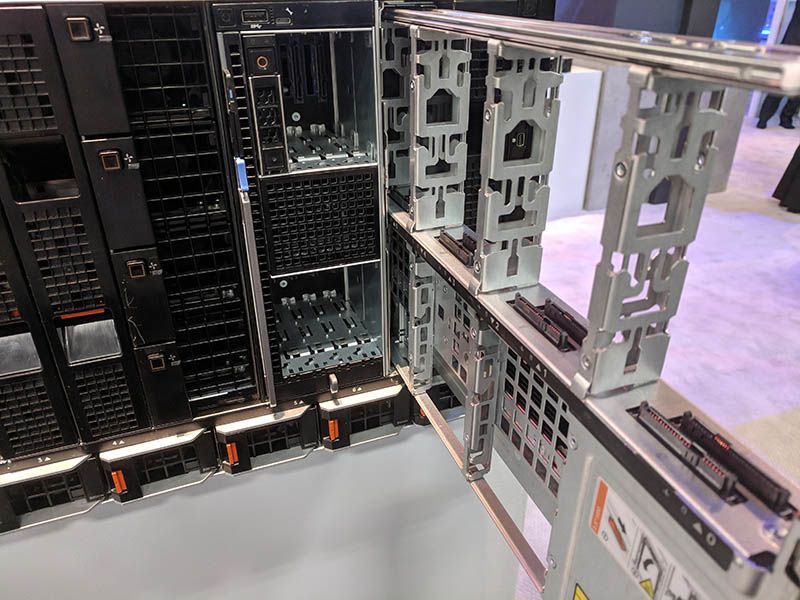 Dell EMC PowerEdge MX Storage MX5016s