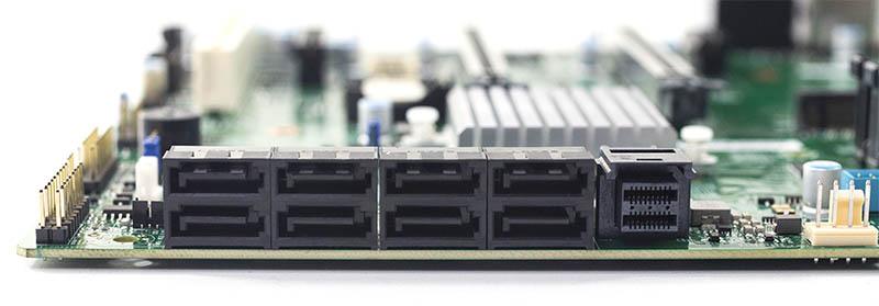 Supermicro X11SCA F Storage IO Block
