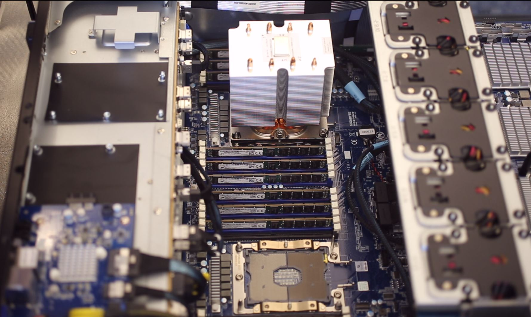 Gigabyte G481 S80 Intel Xeon Scalable And RAM Installation