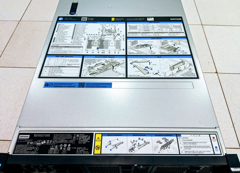 Lenovo ThinkSystem SR650 Top And Labels
