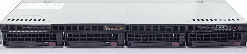 Supermicro SYS 5019C MR Front Drive Bays