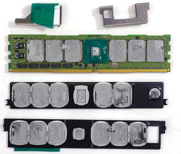 Intel Optane DC Persistent Memory Green Controller Side