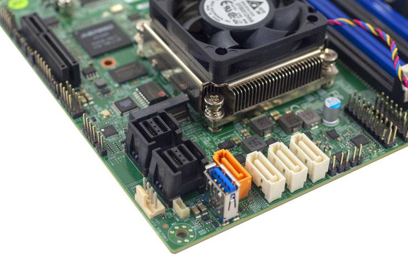 Supermicro A2SDi 8C_ HLN4F Storage