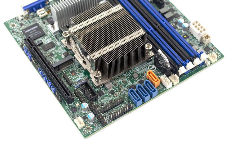 Supermicro M11SDV 8C LN4F Storage IO Peripheral Power