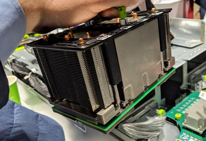 Facebook Zion OAM Module With Cooling