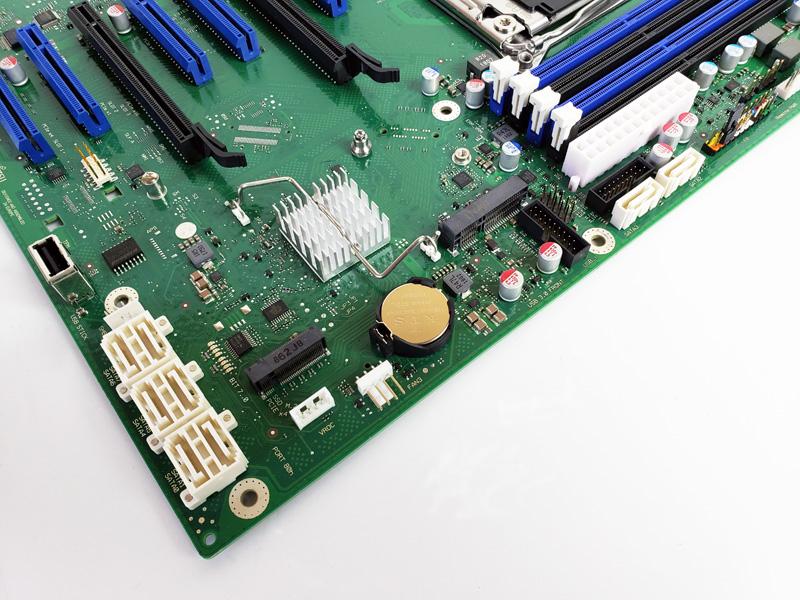 Fujitsu D3598 B13 Storage Ports