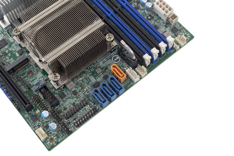 Supermicro M11SDV 8CT LN4F Storage Power Fan