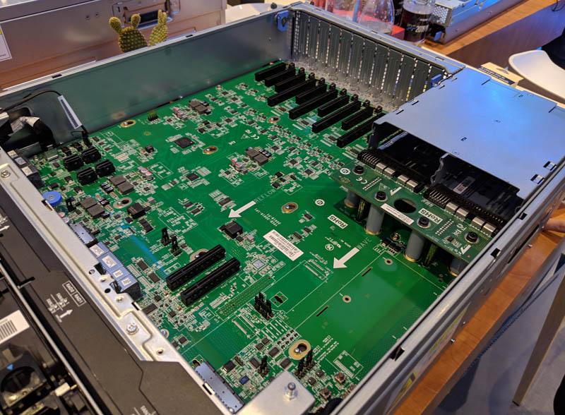 Inspur TS860M5 4U8S IO Board
