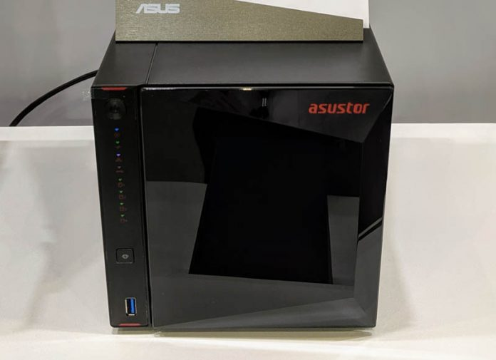 Asustor Nimbustor AS5304T Front Cover