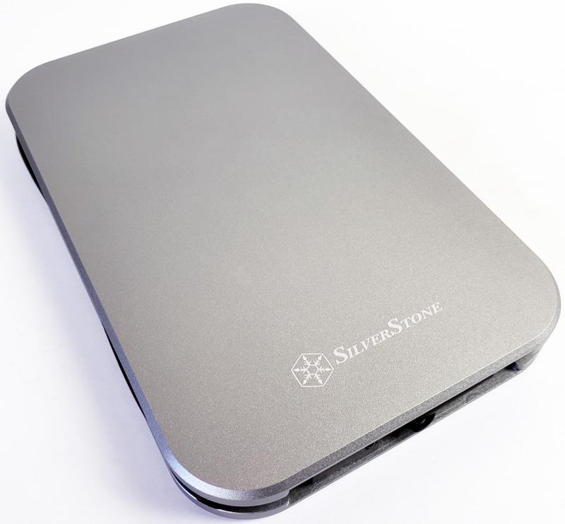 SilverStone MM02 Top