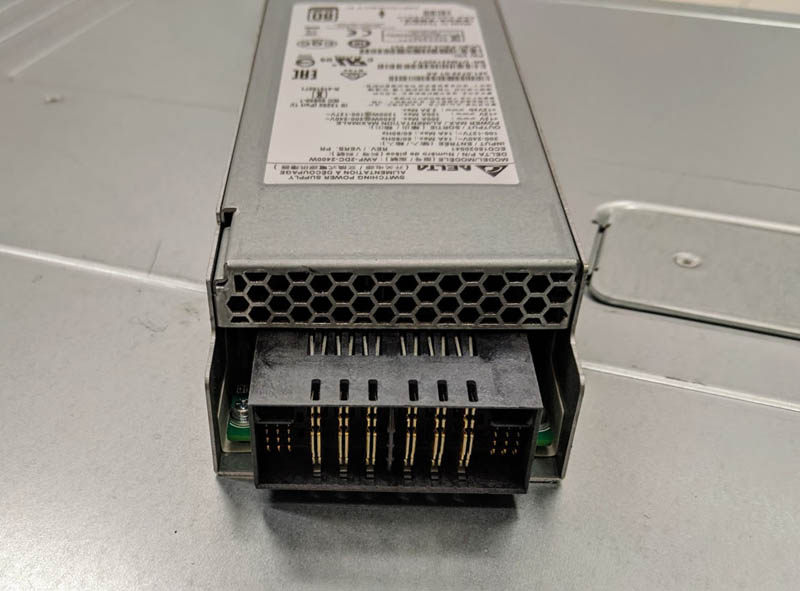 Cisco UCS C4200 Chassis PSU Connector