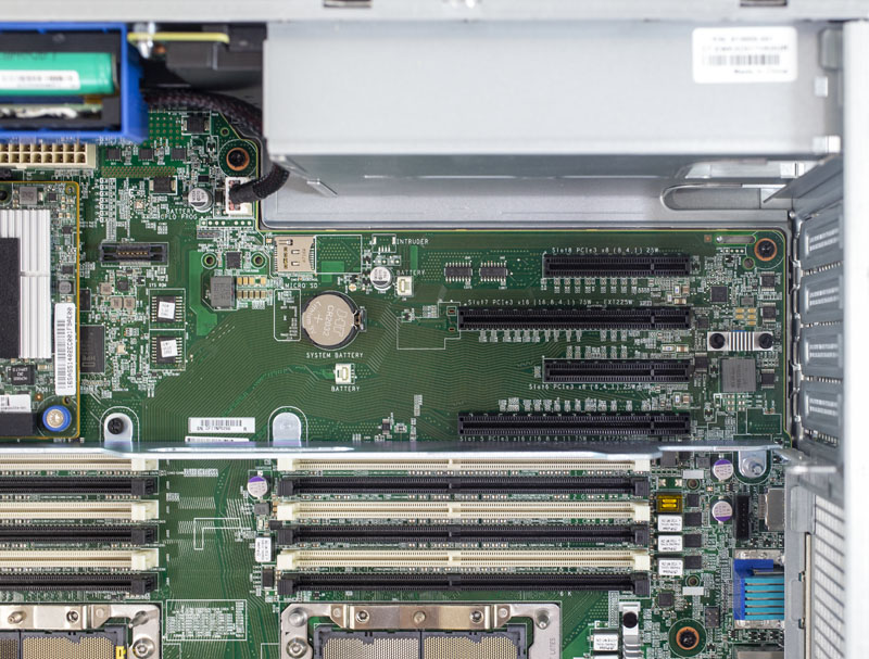 HPE ProLiant ML350 Gen10 PCIe Near PSU