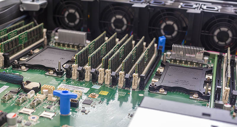 Inspur Systems NF5280M5 With DIMMs