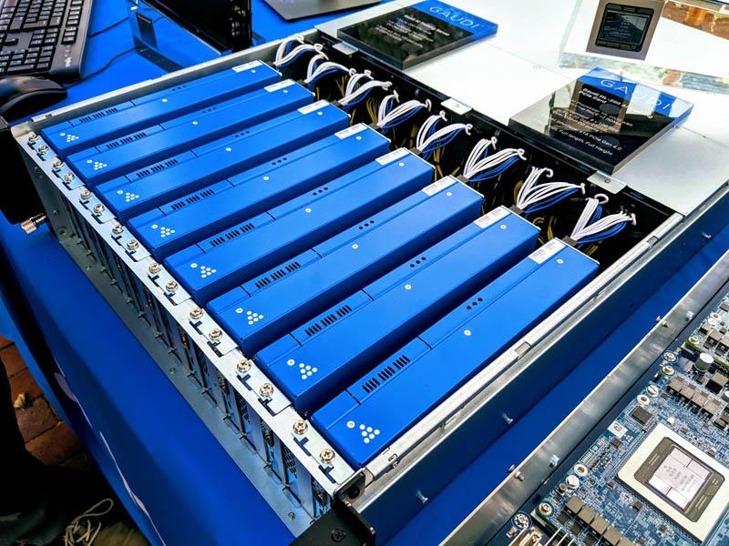 Habana Labs Gaudi HL 2000 PCIe Training System