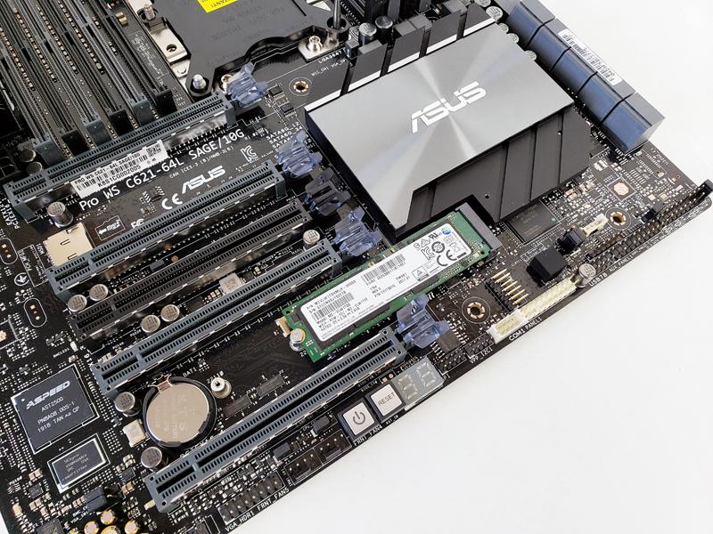 ASUS Pro WS C621 64L SAGE 10G M2 NVMe SSD