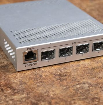 MikroTik CRS305 1G 4S IN Front