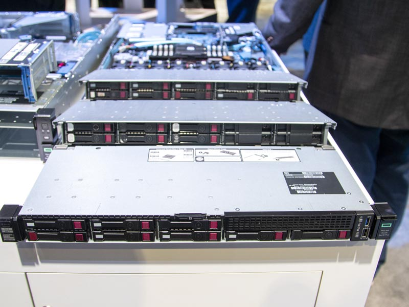 HPE ProLiant DL325 Gen10 Plus At SC19 28x SFF