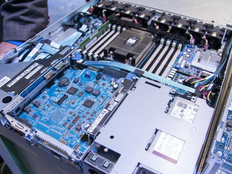 HPE ProLiant DL325 Gen10 Plus At SC19 IO Expansion