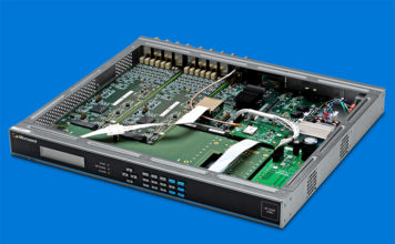 Microchip SyncServer S600 Internal View