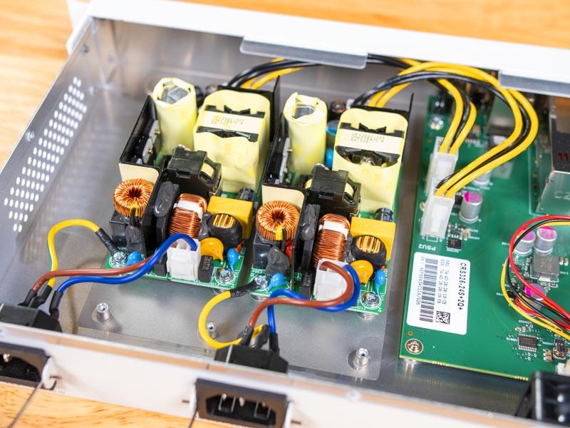 MikroTik CRS326 24S 2Q RM Power Supplies Internal