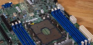 Supermicro X11SPM TPF CPU Socket And DIMMs