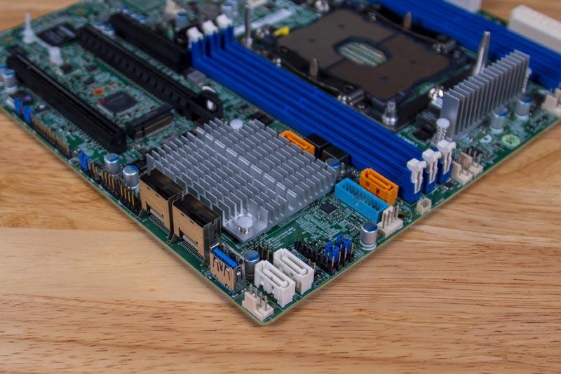 Supermicro X11SPM TPF Storage
