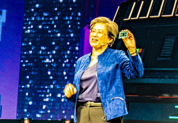 Tiến sĩ Lisa Su Với AMD Ryzen Threadripper 3990X
