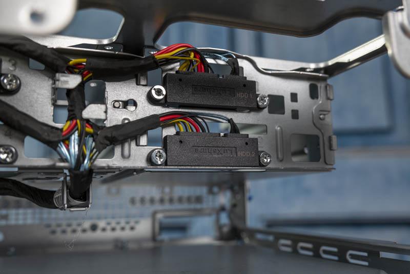 HPE ProLiant MicroServer Gen10 Plus Hard Drive Connectivity Rear