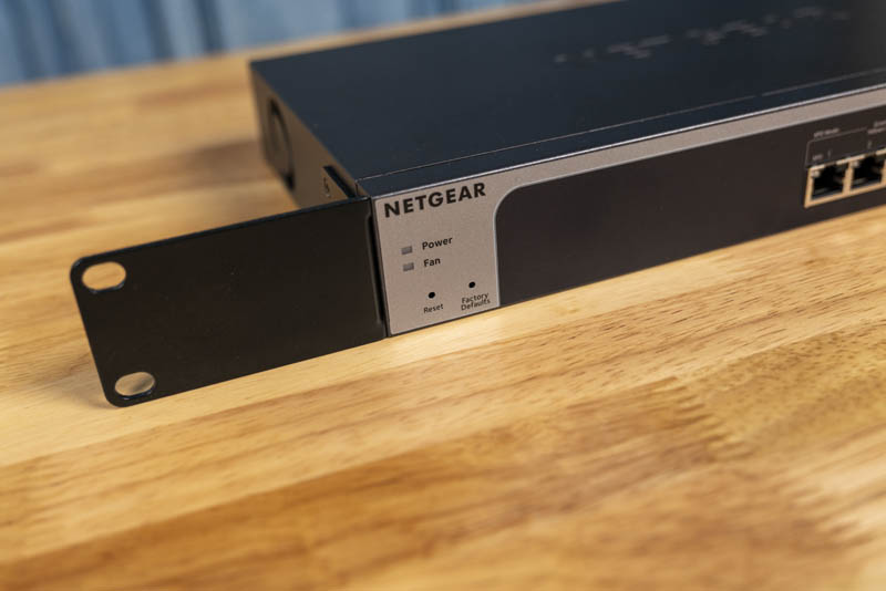 Netgear ProSafe MS510TX LEDs And Rack Ear