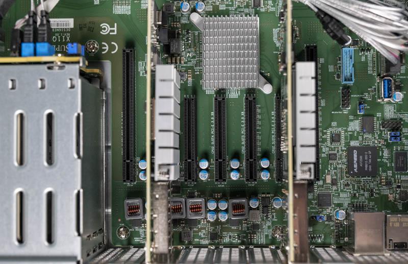Supermicro 2049P TN8R Expansion Slots Internal
