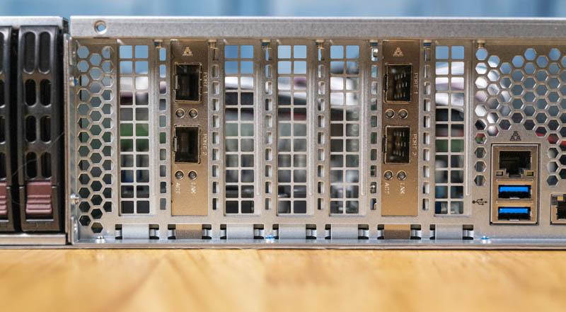 Supermicro 2049P TN8R Expansion Slots