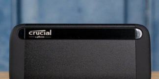 Crucial 1TB X8 USB SSD Front