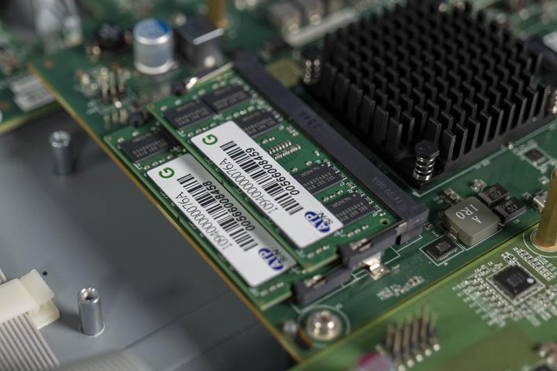 Edgecore AS7712 32X 16GB RAM DDR3 SODIMM