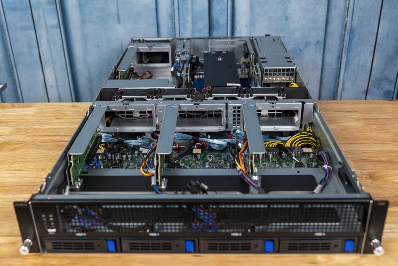 Gigabyte G242 Z10 Front Open