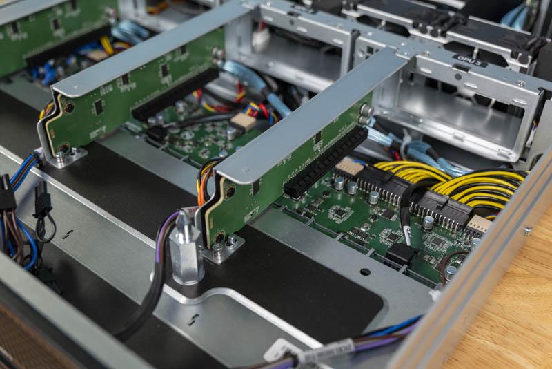 Gigabyte G242 Z10 Front PCIe X16 Slots
