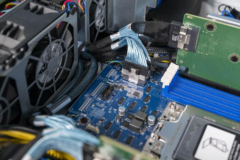 Gigabyte G242 Z10 Motherboard Front Edge