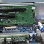 Gigabyte G242 Z10 PCIe X16 And X8 Riser