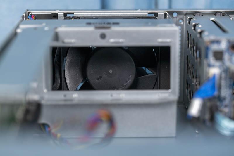Gigabyte G242 Z10 Rear PCIe X16 Fan