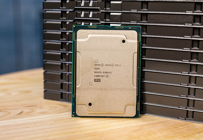 Intel Xeon Gold 6250 Cover Image